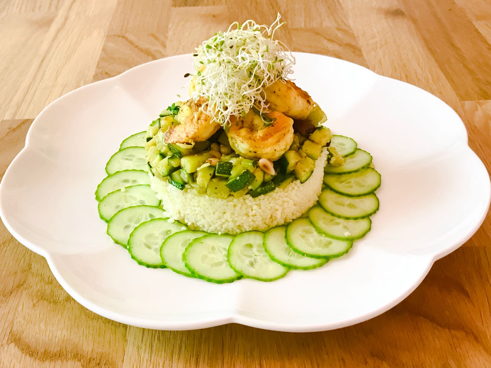 Cous cous with shrimp, zucchini and curry - Kitchen90210